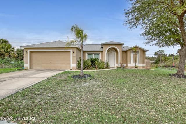 2635 Quentin Avenue SE, Palm Bay, FL 32909 (MLS #898898) :: Premium Properties Real Estate Services