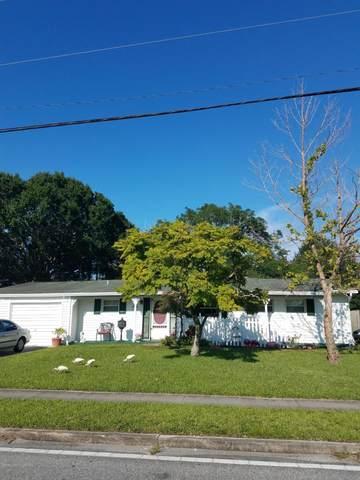 1235 Croton Road, Melbourne, FL 32935 (MLS #898914) :: Engel & Voelkers Melbourne Central