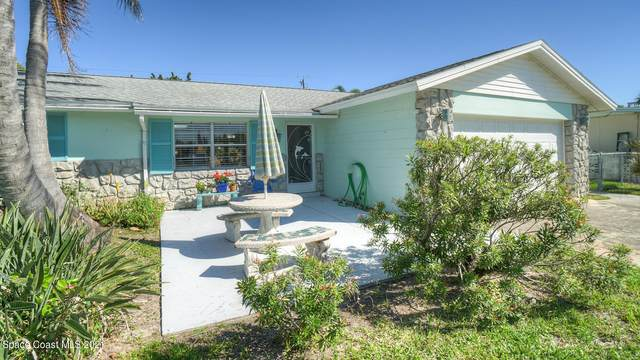106 Atlantic Boulevard, Indian Harbour Beach, FL 32937 (MLS #898996) :: Premium Properties Real Estate Services