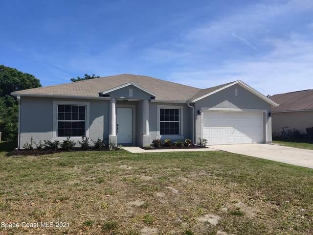 7726 102nd Avenue, Vero Beach, FL 32967 (MLS #899014) :: Premium Properties Real Estate Services