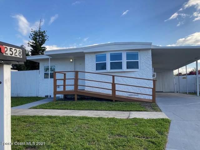 2528 Chatham Way NE, Palm Bay, FL 32905 (MLS #899129) :: Premium Properties Real Estate Services