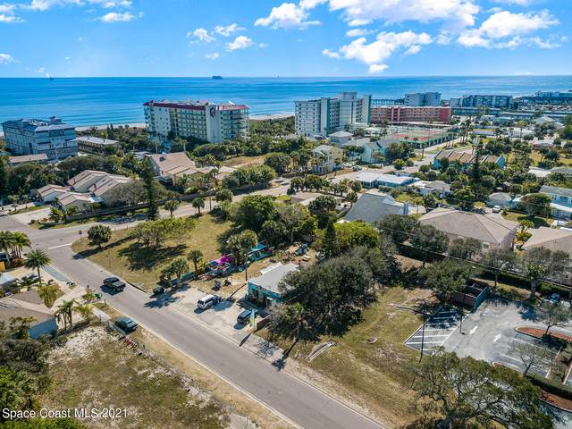 201 Taft Avenue, Cocoa Beach, FL 32931 (MLS #899588) :: Engel & Voelkers Melbourne Central