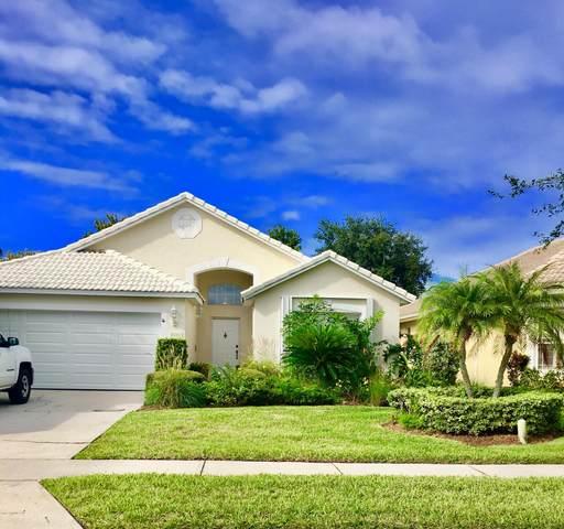 8000 Daventry Drive, Melbourne, FL 32940 (MLS #899716) :: Premium Properties Real Estate Services
