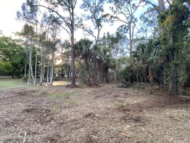 000 Vine, Melbourne, FL 32904 (MLS #899744) :: Premium Properties Real Estate Services