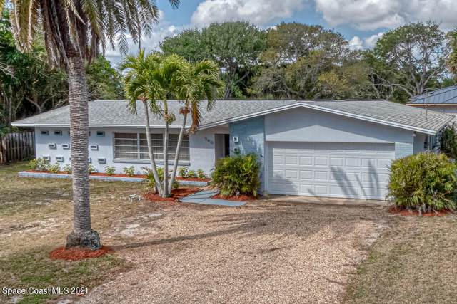 700 Pine Street, Melbourne Beach, FL 32951 (MLS #899913) :: Premium Properties Real Estate Services