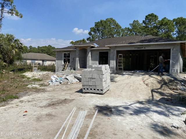 573 Geiger Court NW, Palm Bay, FL 32907 (MLS #899994) :: Premium Properties Real Estate Services
