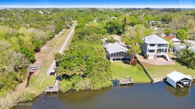 1305 Elliott Street NE, Palm Bay, FL 32905 (MLS #900223) :: Premium Properties Real Estate Services