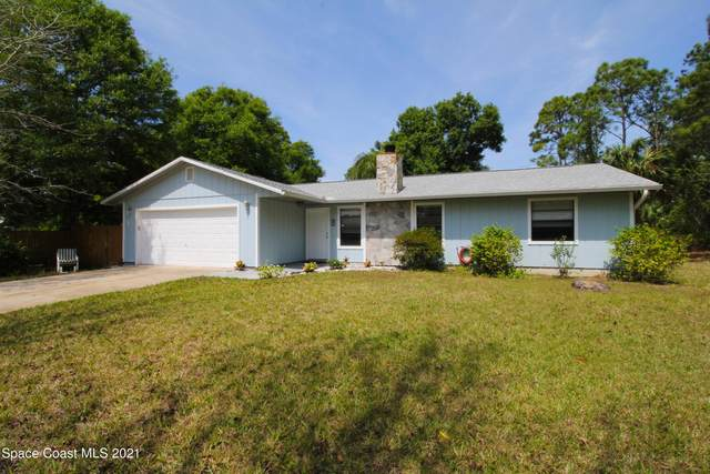 1682 Givens Court NW, Palm Bay, FL 32907 (MLS #900532) :: Premium Properties Real Estate Services