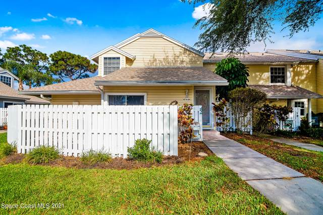 746 Players Court, Melbourne, FL 32940 (MLS #900676) :: Engel & Voelkers Melbourne Central