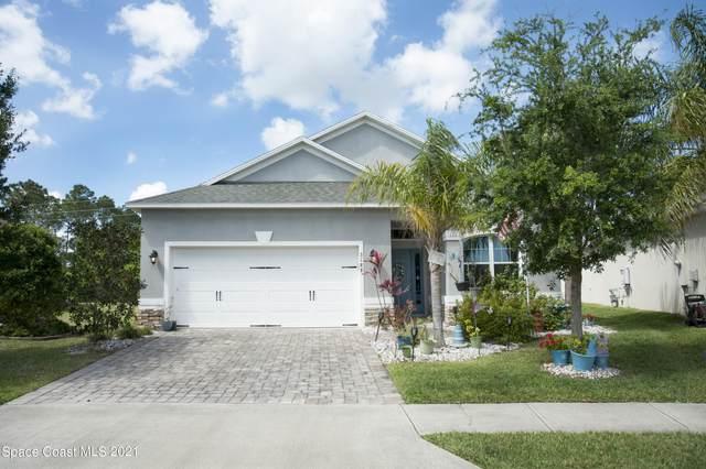 3188 Constellation Drive, Melbourne, FL 32940 (MLS #900940) :: Premium Properties Real Estate Services