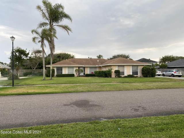 293 Pompano Drive, Melbourne Beach, FL 32951 (MLS #901012) :: Premium Properties Real Estate Services