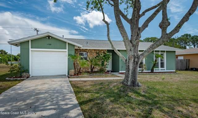 1300 Huntington Lane, Rockledge, FL 32955 (MLS #901163) :: Premium Properties Real Estate Services