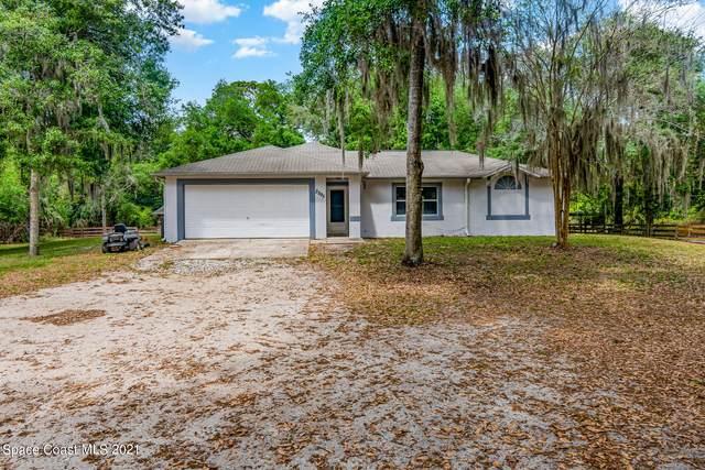3595 Huntington Avenue, Mims, FL 32754 (MLS #901230) :: Premium Properties Real Estate Services