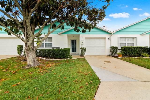 907 Wilshire Court, Melbourne, FL 32940 (MLS #901247) :: Premium Properties Real Estate Services