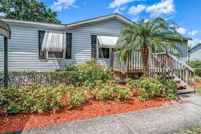 4763 Estrada Lane, Mims, FL 32754 (MLS #901268) :: Engel & Voelkers Melbourne Central