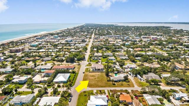 504 N Shannon Avenue, Indialantic, FL 32903 (MLS #901514) :: Blue Marlin Real Estate