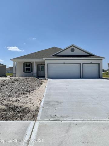 4339 Lago Vista Drive, Micco, FL 32976 (MLS #901750) :: Blue Marlin Real Estate