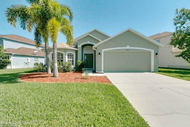 2732 Bradfordt Drive, Melbourne, FL 32904 (MLS #902146) :: Premium Properties Real Estate Services