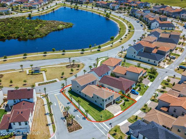 7102 Mercado Lane, Melbourne, FL 32940 (MLS #902168) :: Premium Properties Real Estate Services