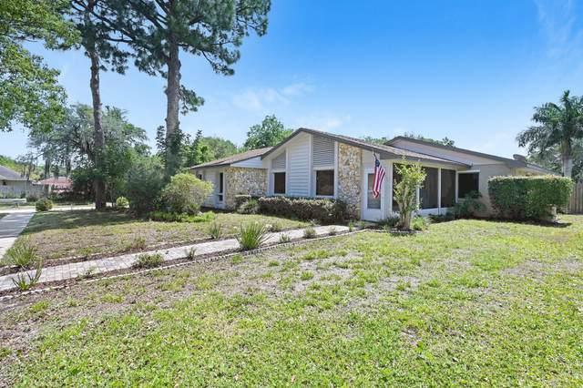 2495 Cherrywood Lane, Titusville, FL 32780 (MLS #902201) :: Premium Properties Real Estate Services