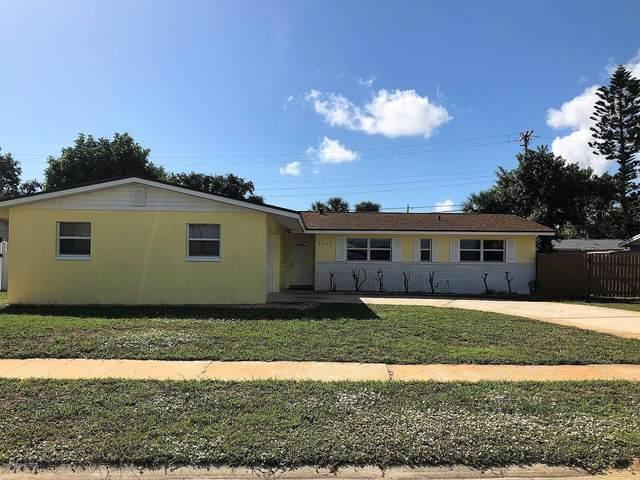 1405 S Harbor Drive, Merritt Island, FL 32952 (MLS #902511) :: Premium Properties Real Estate Services