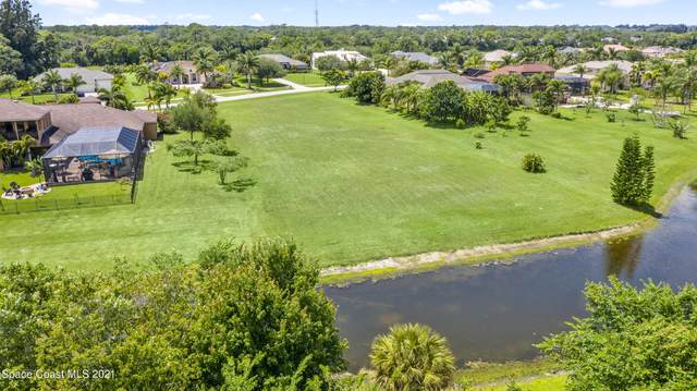 5117 Royal Paddock Way, Merritt Island, FL 32953 (MLS #903408) :: Premier Home Experts