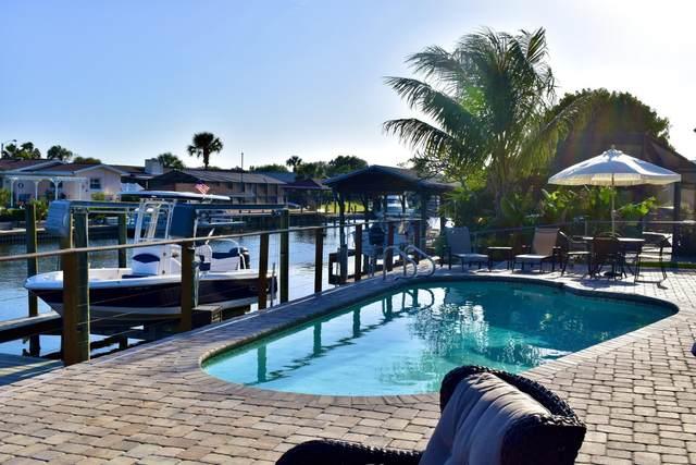 495 Diana Boulevard, Merritt Island, FL 32953 (MLS #903446) :: Premium Properties Real Estate Services
