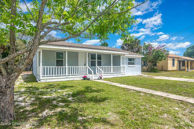 120 Roosevelt Street, Titusville, FL 32780 (MLS #903661) :: Premium Properties Real Estate Services
