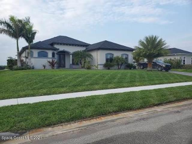 4840 Tiverton Court, Melbourne, FL 32934 (MLS #903681) :: Blue Marlin Real Estate