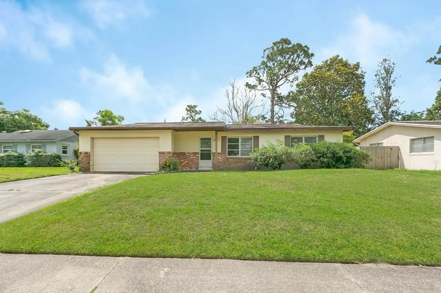 3035 Avon Lane, Titusville, FL 32796 (MLS #903683) :: Premium Properties Real Estate Services