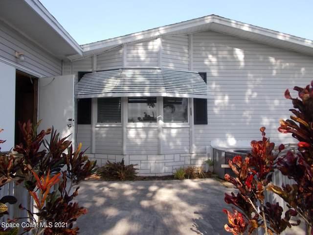 443 Papaya Circle, Sebastian, FL 32976 (MLS #903787) :: Blue Marlin Real Estate