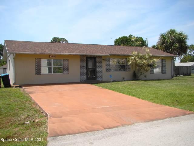 398 Buzby Street SE, Palm Bay, FL 32909 (MLS #903846) :: Blue Marlin Real Estate