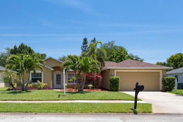 2107 Lansing Street, Melbourne, FL 32935 (MLS #903991) :: Premium Properties Real Estate Services