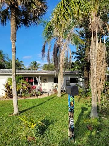 1395 Bay Shore Drive, Cocoa Beach, FL 32931 (MLS #904463) :: Premier Home Experts
