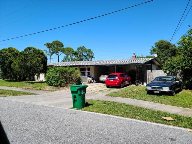3695 Old Dixie Highway, Mims, FL 32754 (MLS #904536) :: Premium Properties Real Estate Services