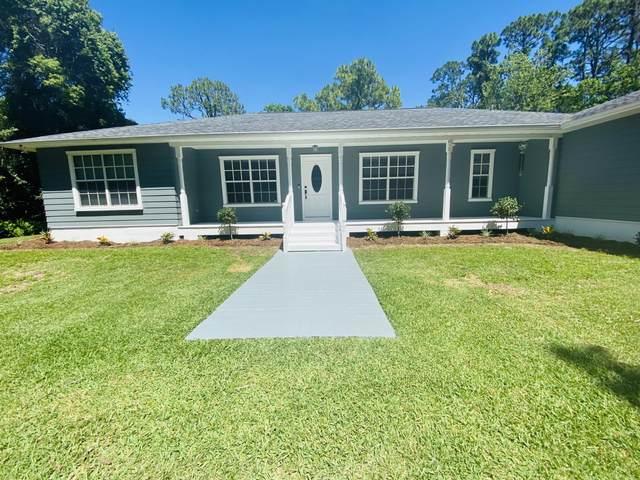 3789 Er Smyth Drive, Mims, FL 32754 (MLS #904561) :: New Home Partners