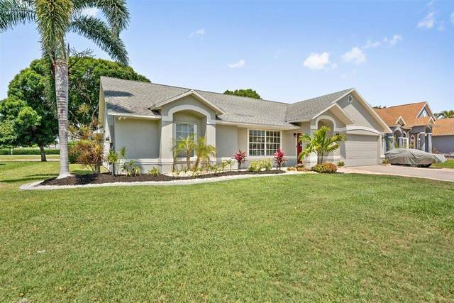 312 Lake Victoria Circle, Melbourne, FL 32940 (MLS #904958) :: Premium Properties Real Estate Services