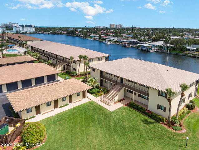 325 S Banana River Boulevard #102, Cocoa Beach, FL 32931 (#905271) :: The Reynolds Team | Compass