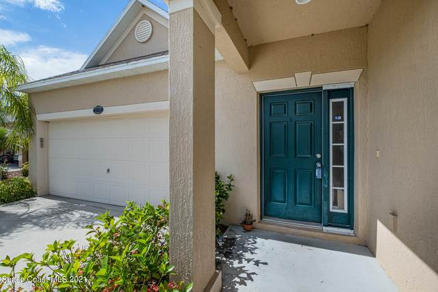 2055 Neveah Avenue NW, Palm Bay, FL 32907 (MLS #905392) :: Premium Properties Real Estate Services