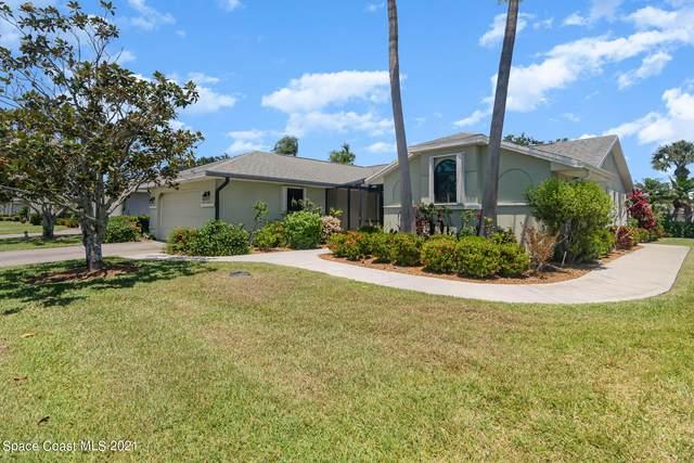 1639 Independence Avenue, Melbourne, FL 32940 (MLS #906013) :: Blue Marlin Real Estate