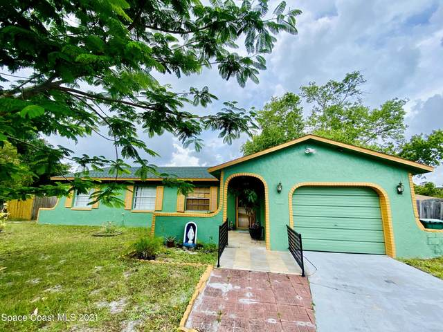 3682 Shellie Court, Cocoa, FL 32926 (MLS #906846) :: Blue Marlin Real Estate