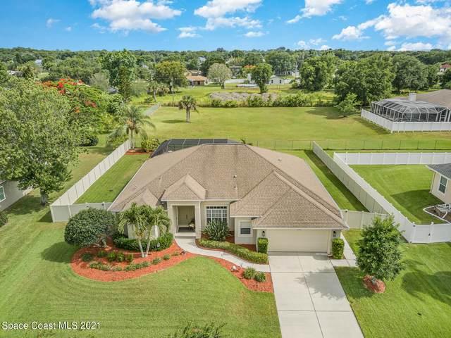 220 Northgrove Drive, Merritt Island, FL 32953 (MLS #906892) :: Premium Properties Real Estate Services