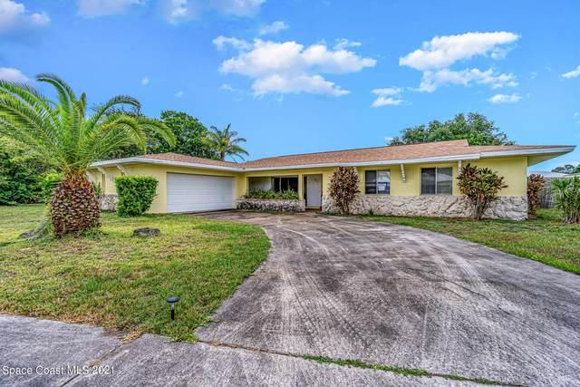 945 Waialae Circle NE, Palm Bay, FL 32905 (MLS #906968) :: Blue Marlin Real Estate