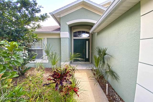 2080 Twelve Oaks Drive SE, Palm Bay, FL 32909 (MLS #907593) :: Premium Properties Real Estate Services
