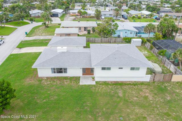 107 Atlantic Boulevard, Indian Harbour Beach, FL 32937 (MLS #908555) :: Premium Properties Real Estate Services