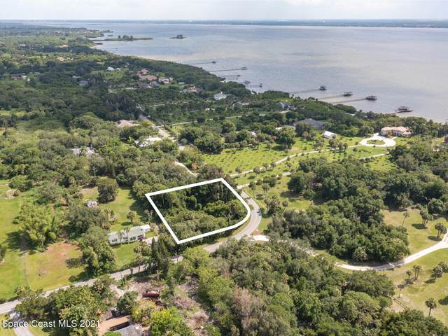6210 N Tropical Trail, Merritt Island, FL 32953 (MLS #908750) :: Keller Williams Realty Brevard