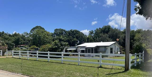 2839 Pine Avenue, Mims, FL 32754 (MLS #908862) :: Premium Properties Real Estate Services