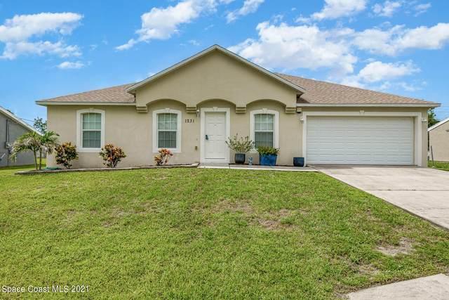 1231 Vineland Street, Cocoa, FL 32927 (MLS #909185) :: Blue Marlin Real Estate