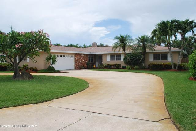 570 Teakwood Avenue, Satellite Beach, FL 32937 (MLS #909233) :: Premium Properties Real Estate Services