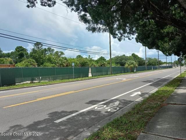 3900 S Hopkins Avenue, Titusville, FL 32780 (MLS #909349) :: Premium Properties Real Estate Services
